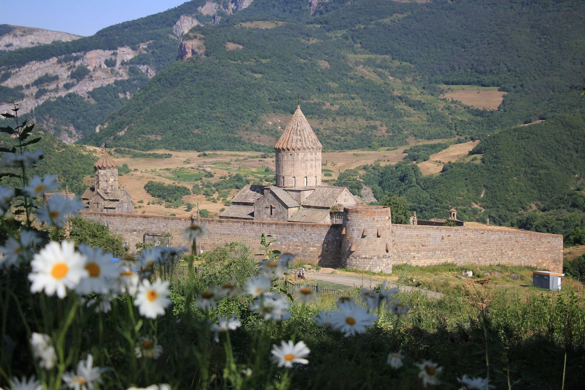 Armenia 908824 1920